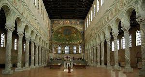 Basilica di Sant'Apollinare in Classe, Ravenna, Emilia Romagna. Autore Berthold Werner. No Copyrights