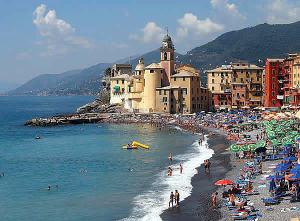 Camogli, Liguria. Autore Markus Bernet. Licensed under the Creative Commons Attribution