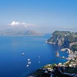 Panorama da Villa San Michele, Anacapri, Capri, Campania. Autore Elenagm. Licensed under the Creative Commons Attribution-Share Alike