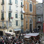 Piazza San Gaetano, Napoli, Campania. Autore Inviaggiocommons. No Copyright