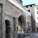 Porta Praetoria, Aosta, Val d'Aosta. Autore e Copyright Marco Ramerini