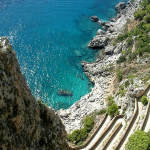 Via Krupp, Capri, Campania. Autore Radomil. Licensed under the Creative Commons Attribution-Share Alike