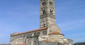 Chiesa di Santa Trinita di Saccargia, Codrongianus, Sardegna. Autore e Copyright Marco Ramerini