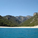 Cala Sisine, Sardegna. Author Clurr. Licensed under the Creative Commons Attribution
