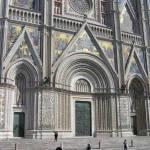 I tre portali del Duomo di Orvieto. Autore e Copyright Marco Ramerini