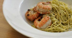 Spaghetti ai gamberetti. Autore Tkeawkin. No Copyright
