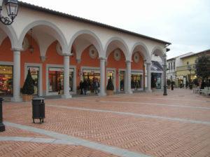Barberino Designer Outlet, Barberino del Mugello, Firenze. Autore e Copyright Marco Ramerini..