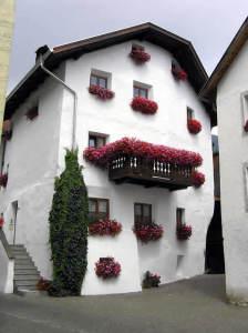 Demeure typique, Glorenza-Glurns, Trentin-Haut-Adige. Auteur et Copyright Marco Ramerini