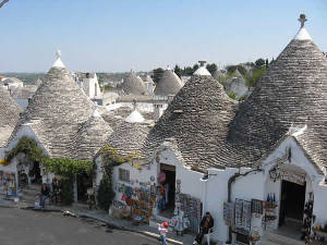 Alberobello, Bari, Puglia. Autore Istvánka. Licensed under the Creative Commons Attribution