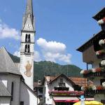 Alleghe, Dolomiti, Veneto. Autore e Copyright Marco Ramerini