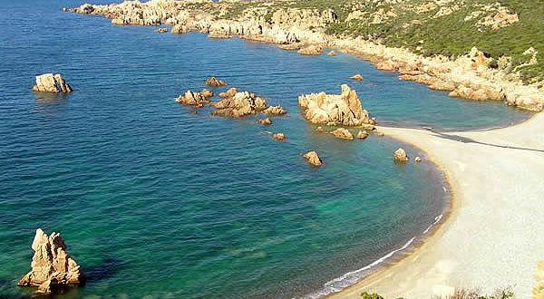 Cala Tinnari, Trinità d'Agultu, Sardegna. Autore e Copyright Marco Ramerini
