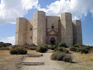 Castel del Monte, Andria, Puglia. Autore Niccolò Rigacci. Licensed under the Creative Commons Attribution