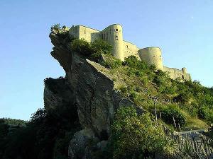 Castello di Roccascalegna (Chieti), Abruzos. Autor Zitumassin