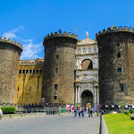 Castelnuovo (Maschio Angioino), Napoli, Italia. Author Sergio Parrella. Licensed under the Creative Commons Attribution-Share Alike