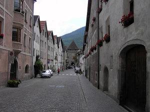 Glorenza, Trentin-Haut-Adige. Auteur et Copyright Marco Ramerini,.,