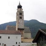 Le clocher de l'église paroissiale de San Pancrazio (Kirche St. Pankratius), Glorenza-Glurns, Trentin-Haut-Adige. Auteur et Copyright Marco Ramerini