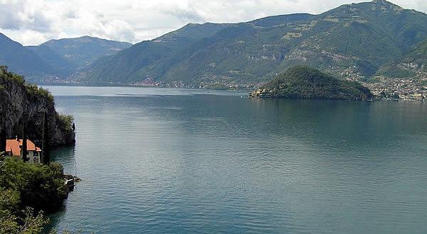 Lago di Como, Lombardia. Autore e Copyright Marco Ramerini