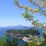 Nisida, Naples, Italie. Author Gennaro Visciano. Licensed under the Creative Commons Attribution