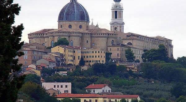 Vue panoramique, Lorette (Loreto), Marches. Auteur Maceratesi Olivier. No Copyright