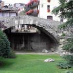 Ponte romano, Aosta, Valle d'Aosta. Autore e Copyright Marco Ramerini,