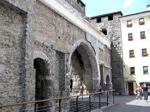 Porta Praetoria, Aoste, Vallée d'Aoste. Auteur et Copyright Marco Ramerini