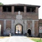 Porta della Vittoria, Sabbioneta, Mantoue, Lombardie. Auteur et Copyright Marco Ramerini