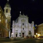 Basilique de la Sainte Maison, Lorette (Loreto), Marches. Auteur Zitumassin. No Copyright
