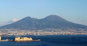 Vesuvio, Napoli, Italia. Author Jeffmatt. No Copyright