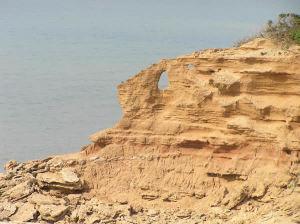 Fori nella roccia a Scivu, Arbus, Sardegna. Autore e Copyright Marco Ramerini