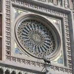 Il rosone centrale, Duomo di Orvieto. Autore e Copyright Marco Ramerini