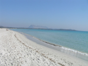 A praia La Cinta, San Teodoro, Sardenha. Autor e Copyright Marco Ramerini