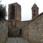 Una torre della cinta muraria, Città della Pieve. Autore e Copyright Marco Ramerini
