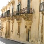 Balconi barocchi, Palazzo Nicolaci di Villadorata, Noto, Sicilia. Autore e Copyright Marco Ramerini