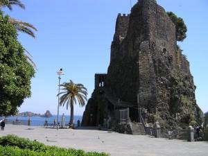 Il castello, Aci Castello, Sicilia. Autore e Copyright Marco Ramerini