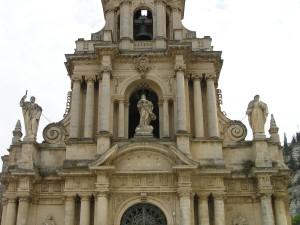 La Stupenda Facciata Barocca Della Chiesa Di San