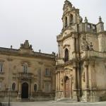Piazza Pola e la chiesa di San Giuseppe a Ragusa, Sicilia. Autore e Copyright Marco Ramerini