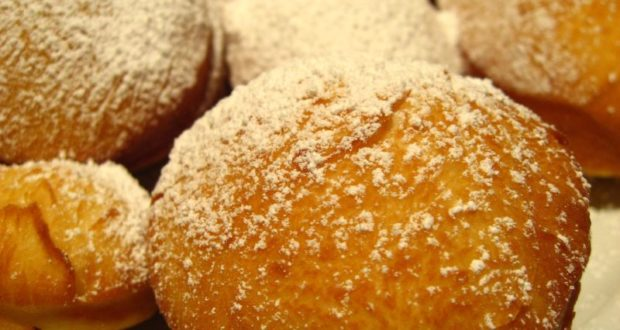Beignet. Autore Zoe. Licensed under the Creative Commons Attribution