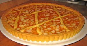 Crostata. Autore Fugzu. Licensed under the Creative Commons Attribution