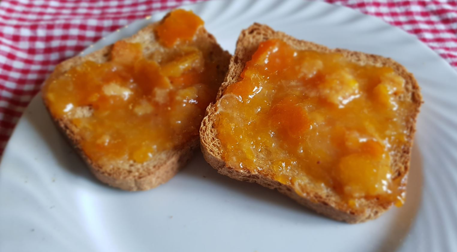 Marmellata di Mandarini. Autore e Copyright Marco Ramerini