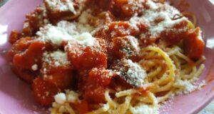 Spaghetti alle melanzane Italyaround.com