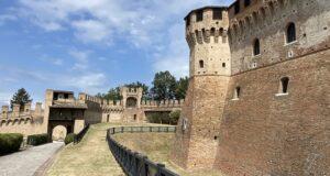 Il Castello di Gradara. Credit Marche Turismo, Le Marche di Urbino