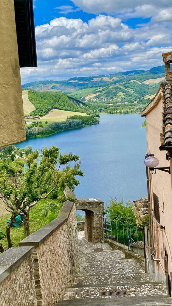 Sassocorvaro. Credit Marche Turismo, Le Marche di Urbino